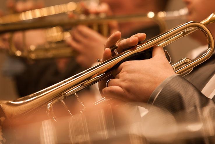 Trompetă